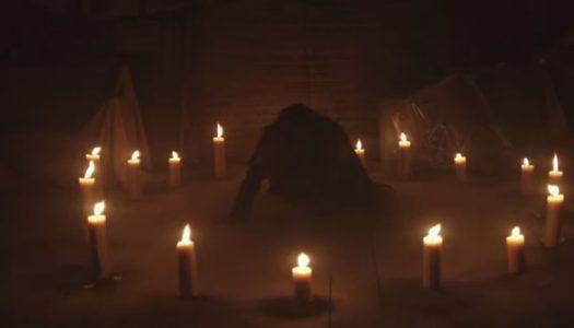 Uma Thurman & AnnaSophia Robb take mystery 'Down a Dark Hall'